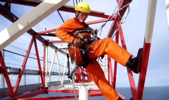 اصول ایمنی کار در ارتفاع